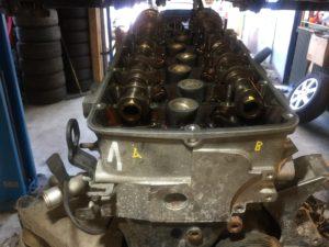 Vačkové hřídele u motoru 3,2V6 162kW